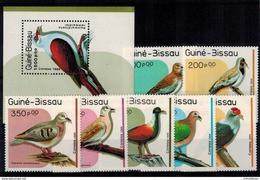 MDB-20072017-0009 MINT ¤ GUINEE BISSAU 1989 KOMPL. SET ¤ BIRDS OF THE WORLD - - Columbiformes
