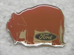 Pin's - Animaux ELEPHANT (ELEFANT) FORD Logo Automobile - Pins Badge Eléphant ROSE - Animaux