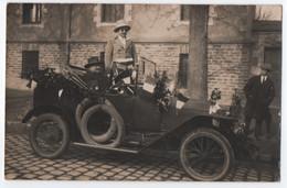 LOT DE 4 CARTES PHOTOS : JOLIES AUTOMOBILES - MARQUES ?? - CONCOURS DES BELLES VOITURES FLEURIES - RALLYE ? -z 8 SCANS Z - 5 - 99 Postcards