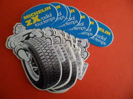 Lot De 10 Autocollant Pneu Michelin ZX Radial Tous Temps Bleu - Bibendum - Adesivi