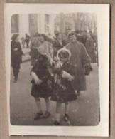 PHOTO 13 - AIX-EN-PROVENCE - TB PLAN ANIMATION Défilé Sur Le Boulevard - 1953 - Aix En Provence
