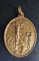 """Médaillon Pendentif Médaille Religieuse Bronze Fin XIXe """"Crucifixion De Jésus Christ / Croix Jérusalem"""" Religious Medal - Religion & Esotericism"""