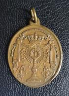 """Médaillon Pendentif Médaille Religieuse Bronze Fin XIXe """"Société Du Très Saint Sacrement"""" Religious Medal - Religion & Esotericism"""