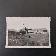 TERRAIN DU BOURGET  LE 14/03/1946 FOCK WULF 190 - Guerra, Militares