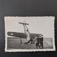 TERRAIN DU BOURGET AVION FOCK WULF 190 14/03/1946  PHOTO 9/6 CM - Guerra, Militares