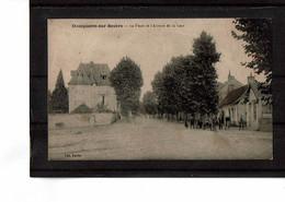 03 - DOMPIERRE Sur BESBRE - La Place Et L'avenue De La Gare - 2684 - Other Municipalities