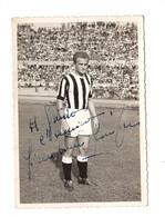 "13190 "" GIAMPIERO BONIPERTI-JUVENTUS "" CON DEDICA AUTOGRAFATA-FOTO COMM. R.BERTAZZINI-TORINO-1954 - Sports"