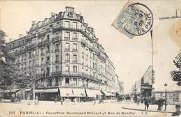 CPA 75 PARIS XIIIe PARIS CARREFOUR BOULEVARD DIDEROT ET RUE DE REUILLY - Distretto: 12