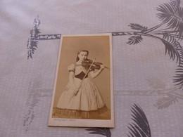 P-435 , Photo CDV,  Jeune Fille Violoniste En Jolie Robe  Trinquart Photo Paris - Antiche (ante 1900)