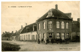 Steene - La Mairie Et La Place - Carte Peu Courante - Voir Scan - Autres Communes