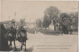 CPA Besançon (25) Cavaliers Aux Fêtes D'Août 1910  Pour L'inauguration De La Statue De Proudhon  N°44 - Besancon