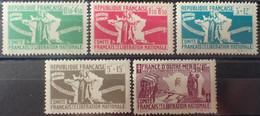 R2269/206 - 1943 - COLONIES FR. - AIDE AUX COMBATTANTS - SERIE COMPLETE - N°60 à 64 NEUFS**(3t)/*(2t) - 1944 Entraide Française