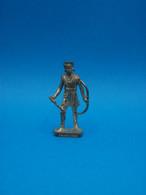 Figurine En Métal Kinder - Série Les Chefs Indiens Célèbres II - Tahrohon - Scame - Finition Or - Figurine In Metallo