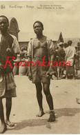 Belgisch Congo Belge Bas-Congo Bangu Ethnique Ethnic Native Type D'Homme Hommes De La Region Au Marche De Kitobola CPA - Belgian Congo - Other