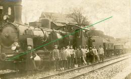 14-18.WWI - Carte Photo Allemande - Soldaten Bahnhof Lokomotive Feldbahn - Guerra 1914-18