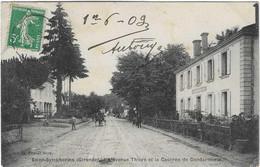 33 GIRONDE SAINT SYMPHORIEN CASERNE GENDARMERIE Av THIERS 1909   ANIMATION JOLI PLAN - Altri Comuni