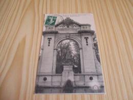 CPA Chartres (28).Monument Des Enfants D'Eure-et-Loir Morts Pour La Patrie - Partie Centrale. - Chartres