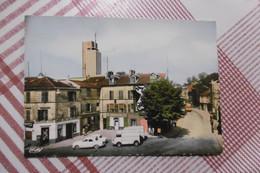 D 94 - Cachan - Place Gambetta - épicerie Fine, Bar De La Place - Boulangerie Patisserie - Voiture - Cachan