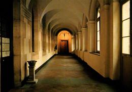 Dijon - Monastère De La Visitation - Le Cloître - Dijon