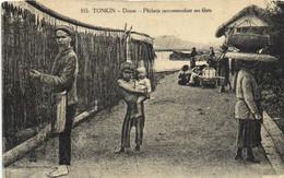 TONKIN  Doson Pecheur Racommodant Ses Filets Recto Verso - Vietnam