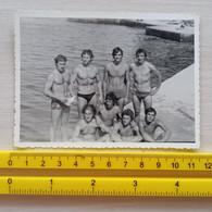 #7  Handsome Man Men Boy Garcon Half Naked Swimsuit Beach Holiday Gay Int. - Personas Anónimos