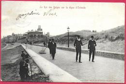 C.P. Oostende =  Le  Roi  Des  Belges  Sur  La Digue - Oostende