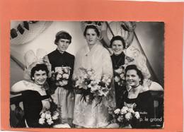 CONCARNEAU. LA REINE DES FILETS BLEUS 1957 Et SES DEMOISELLES D' HONNEUR. Achat Immédiat - Concarneau