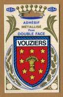 VOUZIERS (08) : ECUSSON BLASON ADHESIF  (CPM) Double Face - Vouziers