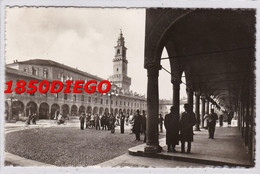 VIGEVANO - PIAZZA DUCALE  TORRE DEL BRAMANTE F/PICCOLO VIAGGIATA ANIMAZIONE - Vigevano