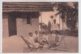 KISANTU  NORMALISTEN ROND DEN HAARD - Belgian Congo - Other