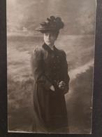 "Italy Italia Foto E. MANENIZZA Trieste  16 X 10 Cm Donna Elegante ""Elody A 20 Anni. Elody Oblath ? - Otros"