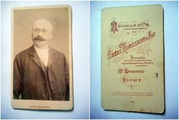 PHOTO CDV 19 EME HOMME TYPE NOTABLE MODE  Cabinet CHERI ROUSSEAU  A ST ETIENNE VICHY - Oud (voor 1900)