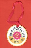 F-  Carte   Roger Gallet - En Forme De Boule   Perfume Card - Modern (from 1961)