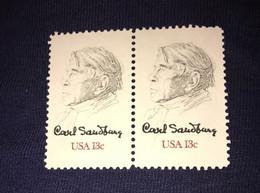 See Photos. US Scott 1731 - Block Of 2 Carl Sandberg - 13 Cent ** MNH- Mint Never Hinge - Nuevos