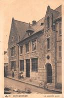 CONCARNEAU  -  Lot De 6 Cartes  -  Poste, Ville Close, Remparts, Chateau, Port, Jetée, Thonniers, Beffroi ............. - Concarneau