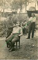 14-18.WWI - Carte Photo Allemande -  Portrait Soldat  Barbier Im Feld Rasieren - Guerre 1914-18