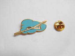 Superbe Pin's Pins En Zamac , Aviation , Avion  , Planeur , Vol à Voile , Signé Boussemart - Aerei