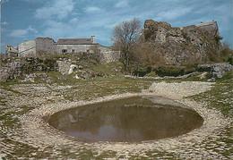 12 - La Couvertoirade - Petit Bourg Fortifié Sur Le Plateau Du Larzac - Une Lavogne - CPM - Voir Scans Recto-Verso - Autres Communes