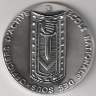 MEDAILLE BRONZE ECOLE NATIONALE DES SOUS OFFICIERS D'ACTIVE . A/C POUPEAU P . DIAMETRE 65 Mm . POIDS 151 Gr . TBE - Autres