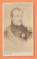 PHOTO CDV - NAPOLÉON 1er EMPEREUR DE FRANCE - NAPOLEON 1st EMPEROR OF FRANCE - STUDIO PIERRE PETIT PARIS - PRUSSE BADE - Anciennes (Av. 1900)