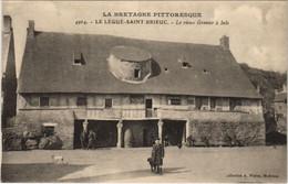 CPA AK Saint Brieuc Le Vieux Grenier A Sels FRANCE (1137086) - Saint-Brieuc