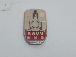 Pin's LOCOMOTIVE A.A.V.V. - TGV