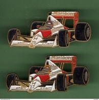 F1 HONDA *** SHELL-MARLBORO *** Lot De 2 Pin's Differents *** 5058 - Car Racing - F1