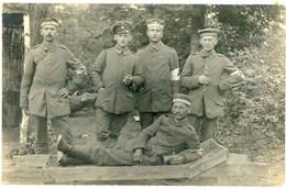 14-18.WWI - Carte Photo Allemande - Sanitäter Ambulance Trage Waldlager - Guerre 1914-18