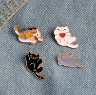 Lot De 4 Pin's NEUFS En Métal ( Pins ) - Chats Cats - Animali