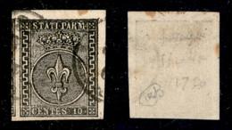 Antichi Stati Italiani - Parma - 1852 - 10 Cent (2 - Nero Intenso) Usato - Angolo Di Foglio Con Vicino A Sinistra - Non Classificati