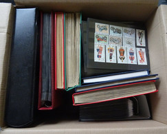 Box With German Stamps And A Little Bit World Stamps - Vrac (min 1000 Timbres)