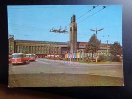 BUS / Hradec Kralove --> Written - Passenger Cars