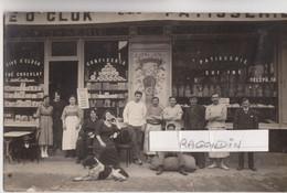 CPA  PHOTO - MAISON FLUTEAUX - PATISSERIE CONFISERIE Tél 18 - à Situer, Très Beau Cliché Photographique De 1920 - To Identify