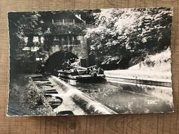 """VENDHUILE Le Remorqueur """"touteur"""" Et L'entrée Du Souterrain Sur Le Canal De Saint Quentin - Altri Comuni"""